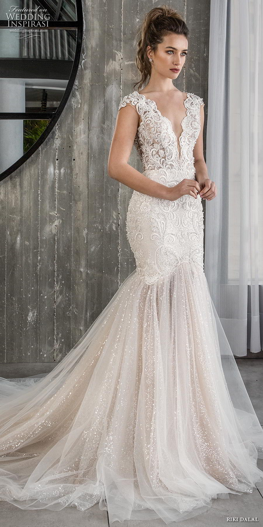 riki dalal 2018 glamour bridal sleeveless deep plunging v neck full embellishment elegant blush mermaid wedding dress open low back chapel train (5) mv